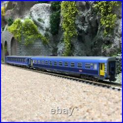 2 voitures Corail Lunéa B10 B7 Ep VI SNCF-N 1/160- PIKO 94081