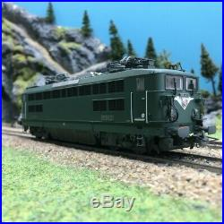 Locomotive BB8521 Les Aubrais SNCF Ep III -HO 1/87-R37 41038