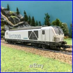 Locomotive BR247 Vectron ép VI digitale son-HO-1/87-TRIX 22281