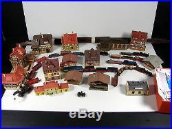 Lot de TRAINS N, 6 Locos, Arnold, Roco, Lima, Fleischmann. 19 Wagons, Maisons