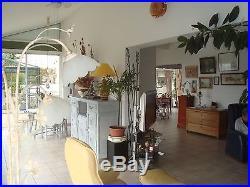 Maison à vendre avec jardin, commerces et écoles à proximité