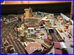 Maquette de trains sur 6 mètres carrés environs, ville, infrastructures, voies