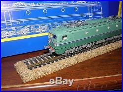 REE CC 7158 réf MB-059
