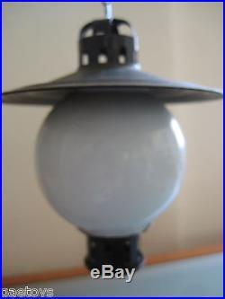 Train échelle 1 LAMPADAIRE A CHAINE avec globe en verre 1920 (marklin bing)